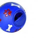 Šifra: 3490 Lopta sa otvorom za grickalice, plastika, 11cm