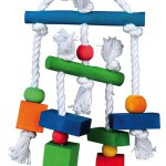NOVO Šifra: 58985 Igracka za papagaje, drvo /koza/kanap 24cm